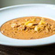 Vydatná polévka z kysaného zelí recept