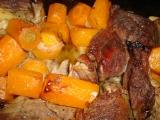 Pečené hovězí s mrkví recept