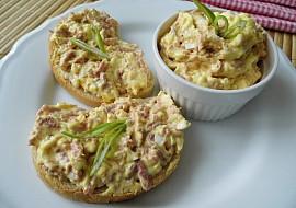 Sýrová pomazánka s uzeninou,vejci a bílou ředkví recept ...