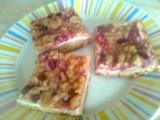 Kynutý rybízový koláč s drobenkou recept