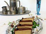 Mandlové řezy s kávovým krémem  Javanais recept