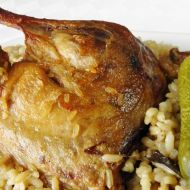 Kachní stehna s rýží a houbami recept