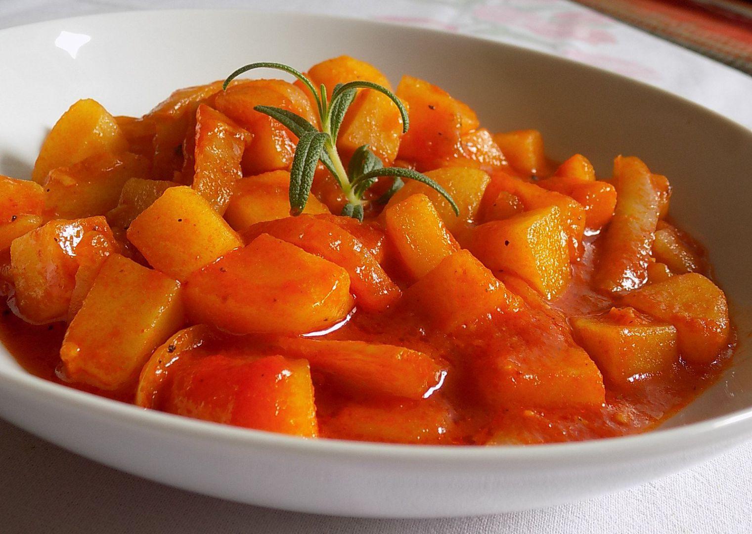 Brambory s paprikovými lusky recept