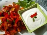Salát z pečené dýně s křenovou smetanou recept