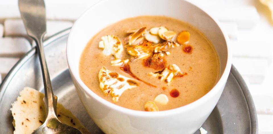 Ostrá květáková polévka