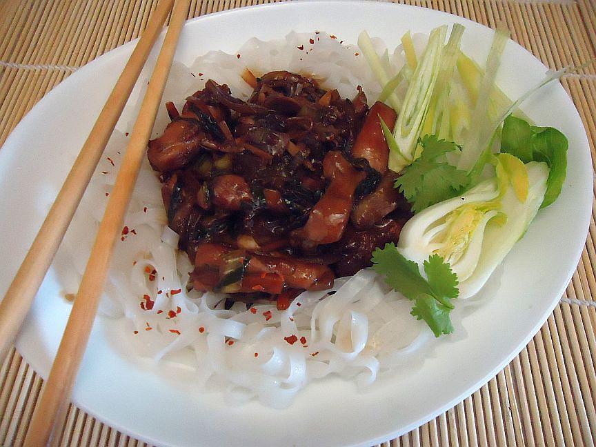 Kuřecí nudličky po asijsku. recept