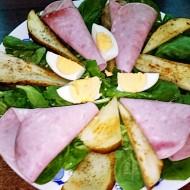 Hruškový salát se špenátem, šunkou a vejcem recept