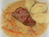 Hovězí pečeně Esterházy s krupicovým nokem recept