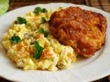 Řízek s bramborovým salátem recept