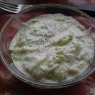 Okurkový salát se smetanou recept