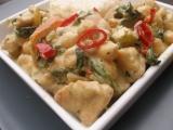 Zelené krůtí curry s cizrnou a mangoldem recept