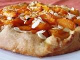 Meruňkový koláč z křehkého těsta recept