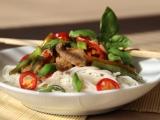 Vepřové s bazalkou a chilli vo woku recept