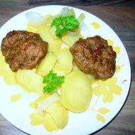 Teplý bramborový salát s cibulí recept
