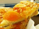 Meruňkový koláč s mandličkami.... nebo naopak? recept ...