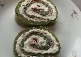 Špenátová roláda se sýry a šunkou recept