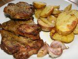 Marinovaná krkovice s pečenými brambory a česnekem recept ...