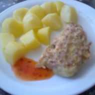Salámem plněné papriky recept