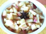 Jablečný kompot s badyánem recept