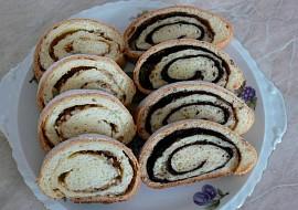 Kynuté těsto na záviny, šneky, bábovky a ovocné koláče (s verzí bez ...