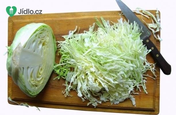 Dušené bílé zelí s mletým masem  recept