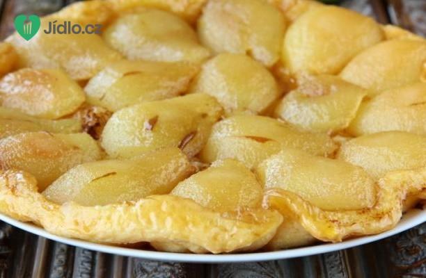 Francouzský koláč Tarte Tatin s jablky a hruškami recept