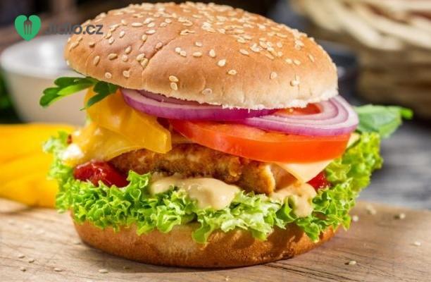 Hamburger s kuřecím masem recept