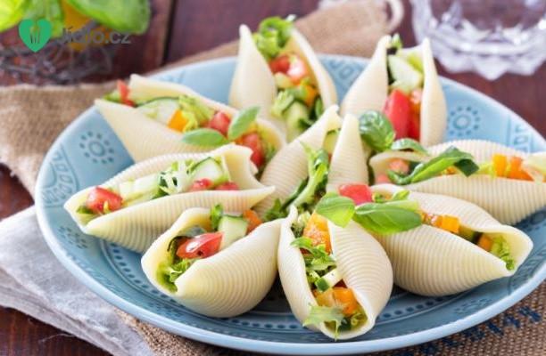 Italský  salát v Jumbo mušlích recept