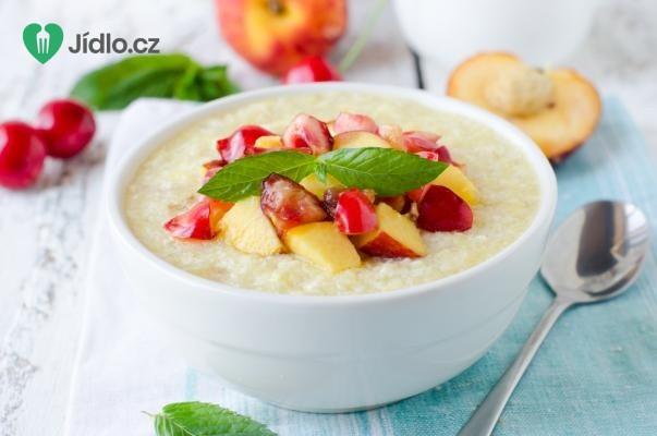 Letní krupicová kaše s ovocným přelivem recept