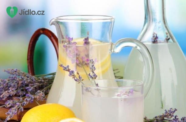 Limonáda s levandulí recept