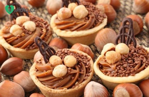 Linecké košíčky s ořechy recept