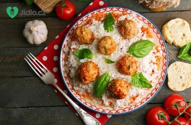 Masové kuličky s rýží a jogurtovou omáčkou recept