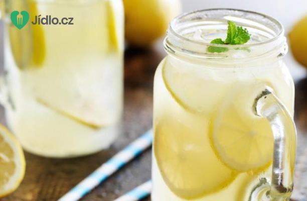 Perlivá citronová limonáda recept