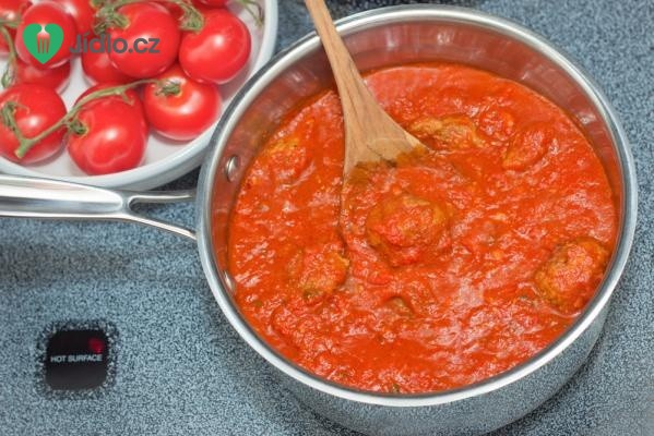 Rajčatová omáčka z protlaku a rajčat recept