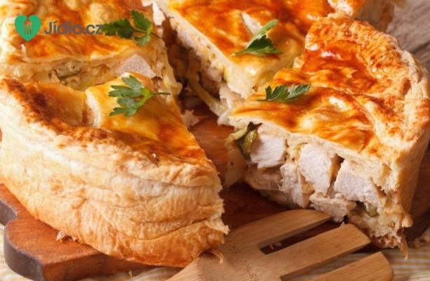 Slaný koláč s houbami a kuřecím masem recept