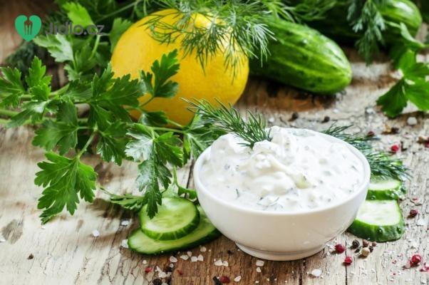 Studená bylinková omáčka recept