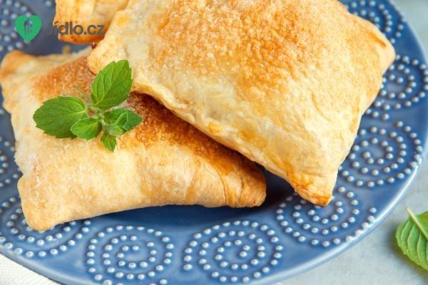 Sýrové taštičky z listového těsta recept