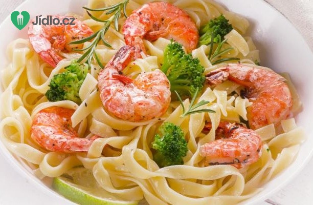 Těstoviny fettuccine s krevetami a brokolicí recept