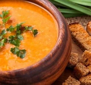Čočková polévka s kari recept