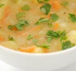 Bramborová polévka s vejci recept