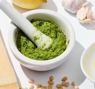 Česnekové pesto recept