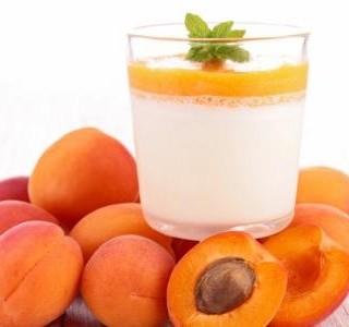Dezert panna cotta s meruňkovou polevou recept
