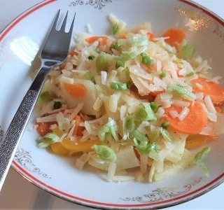Dušená zelenina se sýrem Grana Padano