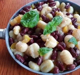 Gnocchi s červenými fazolemi a olomouckými syrečky recept