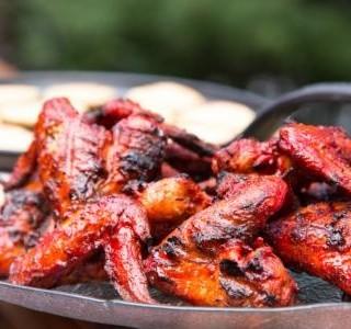 Grilovaná kuřecí křídla Tandoori