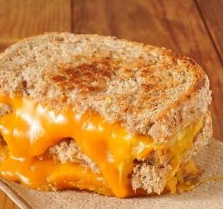 Grilovaný sýrový sendvič Frico