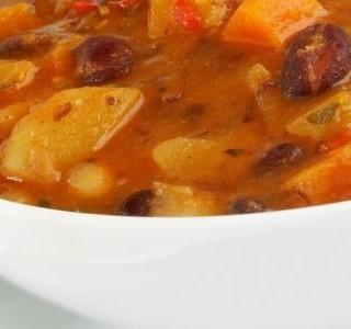 Gulášová polévka s mletým masem recept
