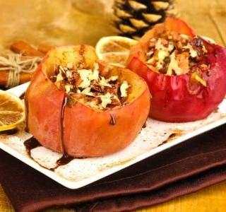 Jablka s ořechy s čokoládovou omáčkou recept