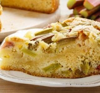 Recept Křehký rebarborový koláč