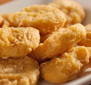 Recept Kuřecí nugety se speciální omáčkou